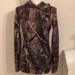 Under Armour Fitted Camo Pullover
